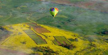 Picture of Avon Valley Champagne Balloon Flight - Weekday