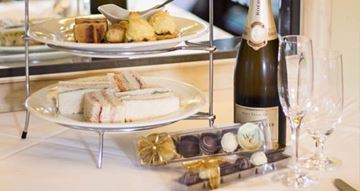 Picture of A VIP Signature High Tea for Two - Mornington Peninsula (2 Hours)