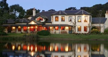 Picture of Dine by the Lake for Two - Mornington Peninsula (2 Hours)