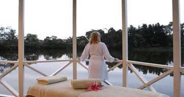 Picture of Massage and Dining Package - Mornington Peninsula (3+ Hours)