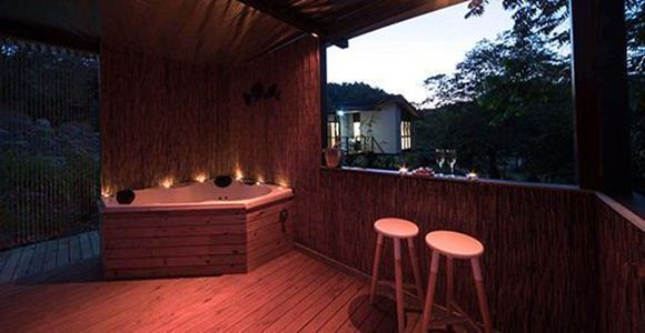Picture of Relaxing One Night Escape  – Palm Grove
