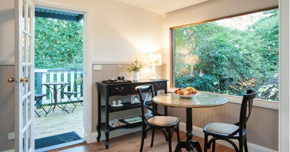 Picture of Bed & Breakfast Couples Weekend Escape to the Dandenongs – 2 Nights