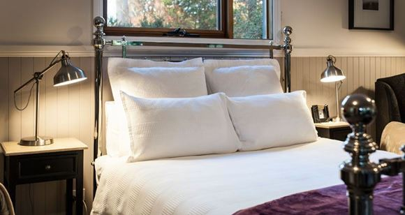 Picture of Bed & Breakfast Couples Midweek Escape to the Dandenongs–Sassafras 3 nights