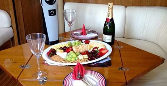Picture of Luxury Yacht Cruise with 2 Course Lunch/Dinner