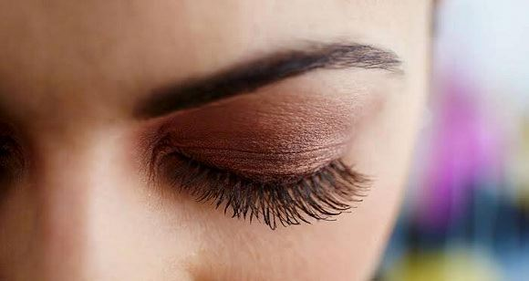 Picture of Classic Full Set Eyelash Extension- Adelaide (1 hour)