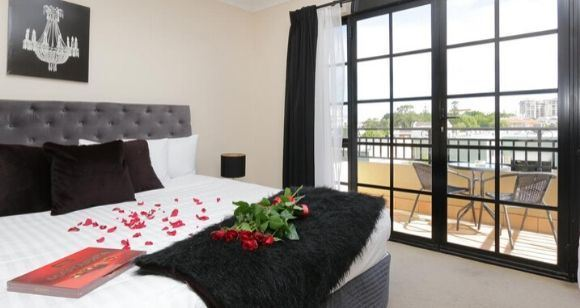 Picture of Romantic Pampering Escape & Massage in Perth (1 Night)