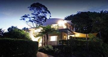 Picture of Dine & Stay Package for 2 at Maleny Terrace Cottage QLD